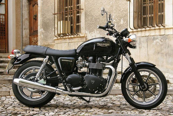 moto triumph bonneville ma moto. Black Bedroom Furniture Sets. Home Design Ideas