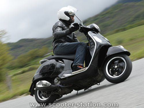 moto vespa gts 300 ma moto. Black Bedroom Furniture Sets. Home Design Ideas