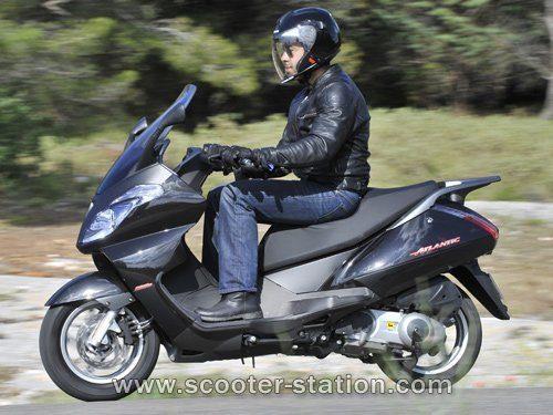 Moto Aprilia Atlantic 125