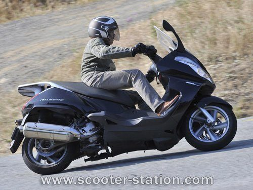 moto aprilia atlantic 500 ma moto. Black Bedroom Furniture Sets. Home Design Ideas