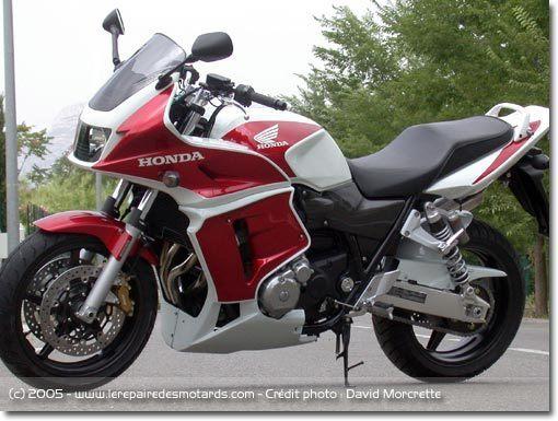 modèle moto honda cb 1300