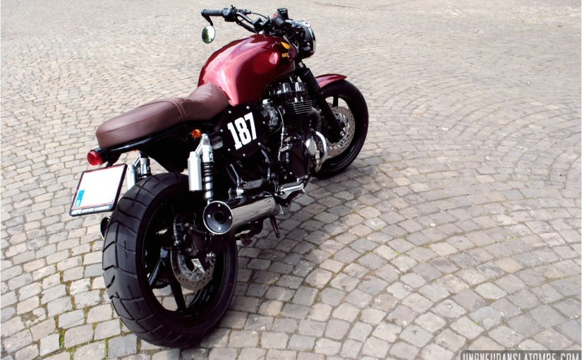 Moto Honda CB 750 Seven Fifty