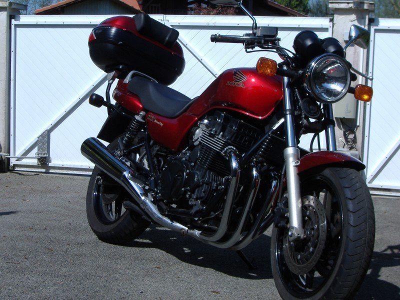 vue moto honda cb 750 seven fifty