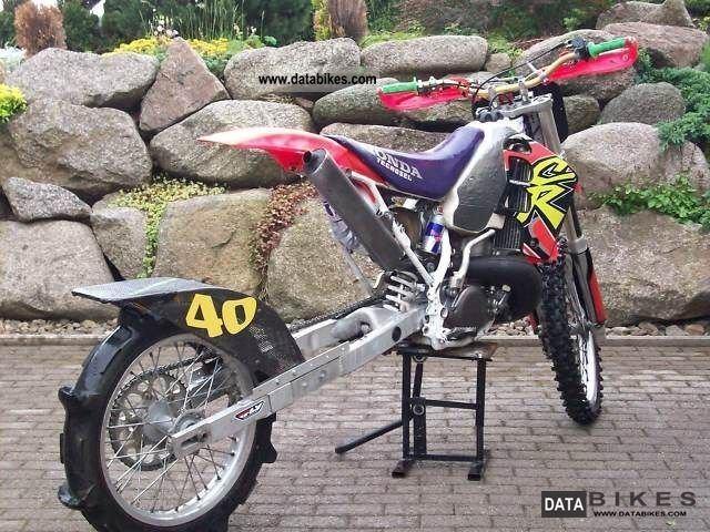 modèle moto honda cr 500
