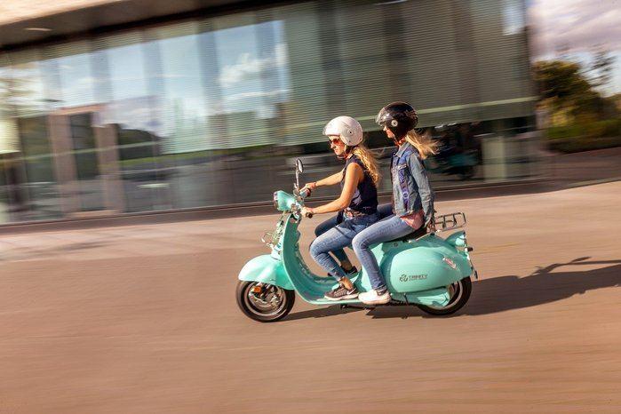 changer la carte grise d'un scooter en ligne